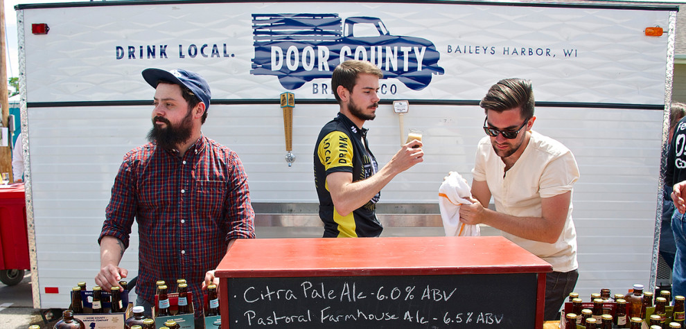 Header-Door-County-Brewing-Wagon---DCBF